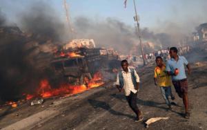 Civilians evacuating from Somalian explosion news